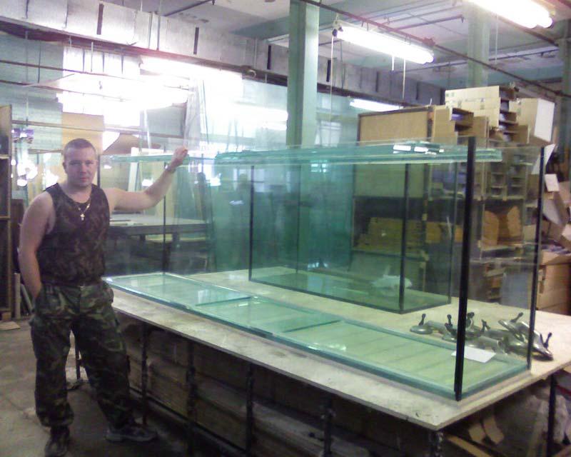 Клеим большой аквариум своими руками